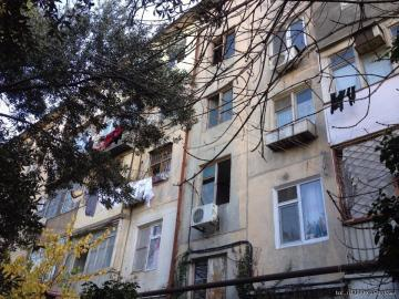 Продается 2х комнатная квартира в городе Баку вторичка Насиминский район ( насими, 5 микро район ) п